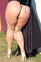 thick legs - 1690390786.jpg