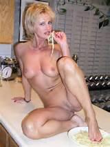 Hot Amateur Wife - www.HotAmateurWife.com