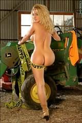 John Deere Sexy Bikini Girls Ahmo Hight Farmers Delight