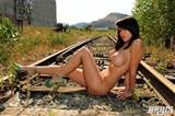 Bryci - Bryci naked train tracks